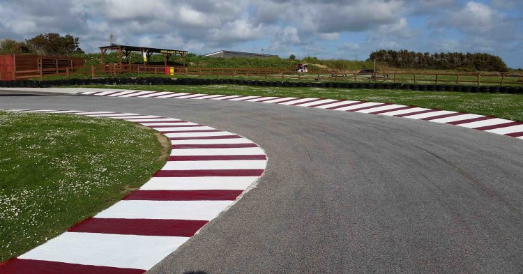 St Eval Karting >> The Best Go-Karting Tracks in the UK - GoKart Tracks UK
